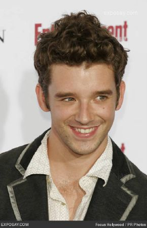 michael-urie-entertainment-weekleys-5th-annual-pre-emmy-party-5wVoGl